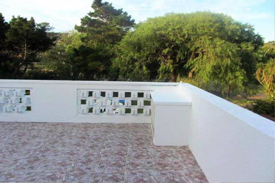 Punta del Este, Maldonado, Uruguay, 4 Bedrooms Bedrooms, ,3 BathroomsBathrooms,Casas,Temporario,41613