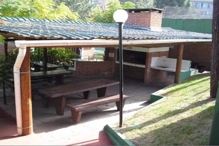 Punta del Este, Maldonado, Uruguay, 1 Dormitorio Bedrooms, ,1 BañoBathrooms,Apartamentos,Venta,41636