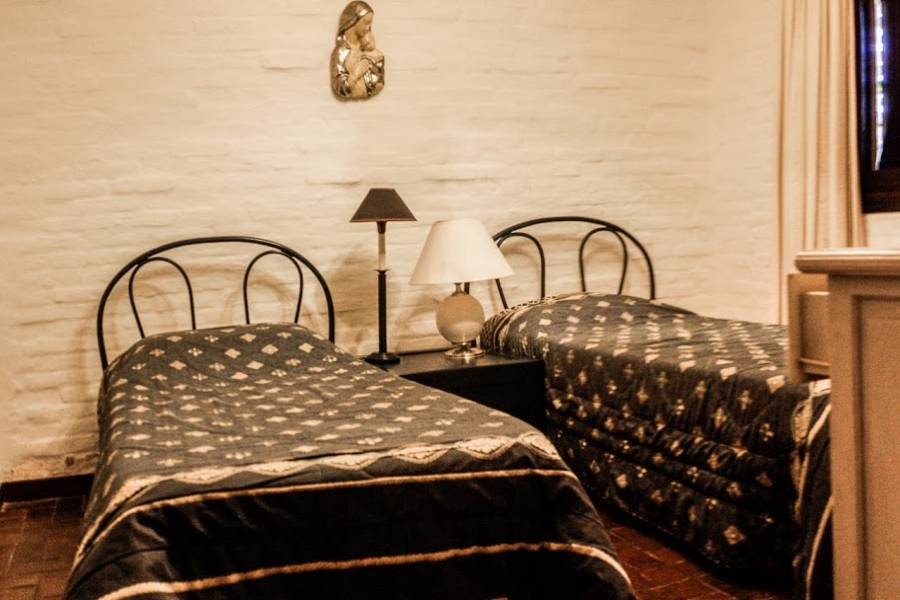 Punta del Este, Maldonado, Uruguay, 4 Bedrooms Bedrooms, ,3 BathroomsBathrooms,Casas,Venta,41648