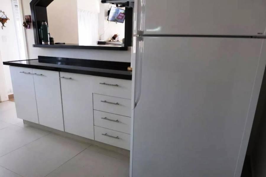 Punta del Este, Maldonado, Uruguay, 3 Bedrooms Bedrooms, ,2 BathroomsBathrooms,Casas,Temporario,41656