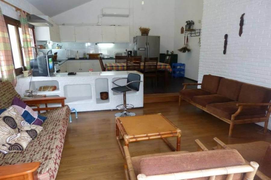 Punta del Este, Maldonado, Uruguay, 3 Bedrooms Bedrooms, ,3 BathroomsBathrooms,Casas,Temporario,41659
