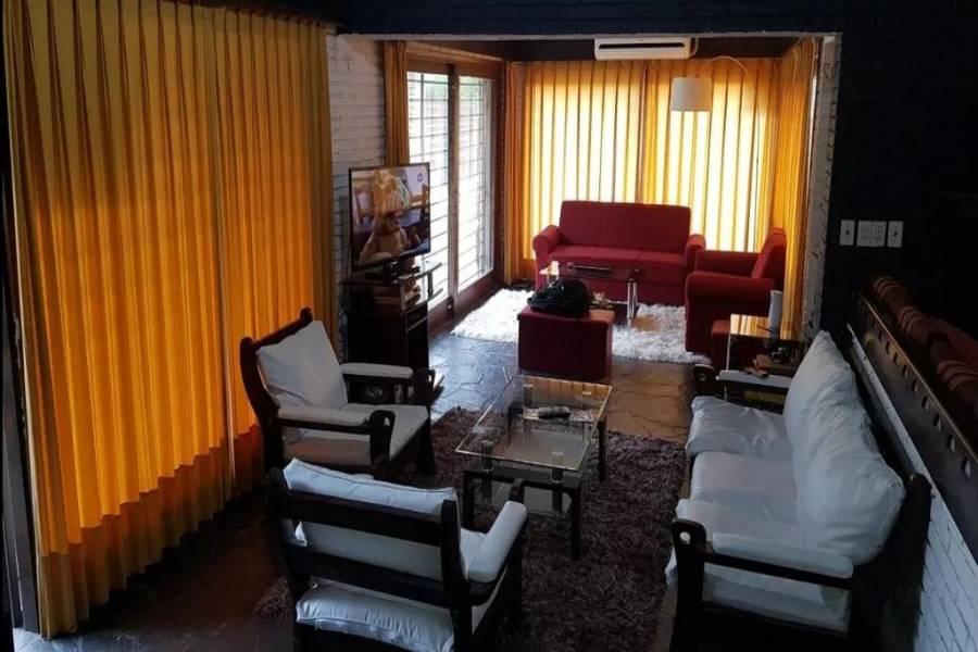Punta del Este, Maldonado, Uruguay, 4 Bedrooms Bedrooms, ,4 BathroomsBathrooms,Casas,Venta,41662