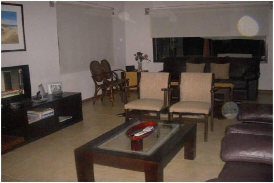 Punta del Este, Maldonado, Uruguay, 4 Bedrooms Bedrooms, ,3 BathroomsBathrooms,Casas,Temporario,41710