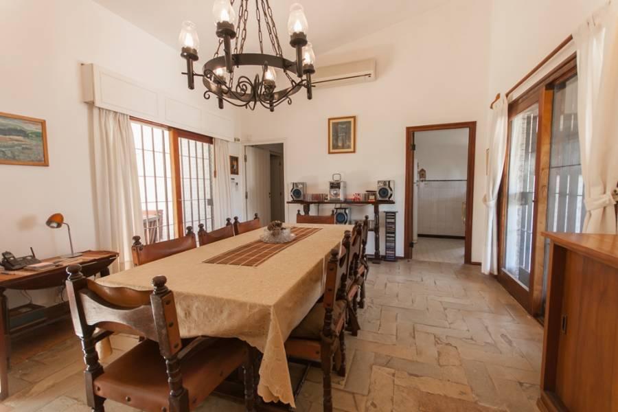 Punta del Este, Maldonado, Uruguay, 3 Bedrooms Bedrooms, ,2 BathroomsBathrooms,Casas,Venta,41723