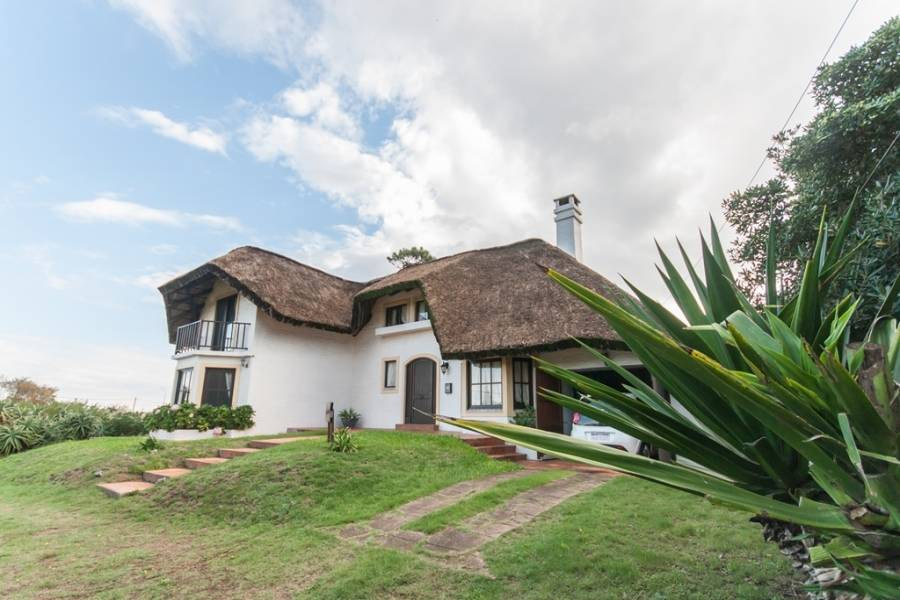 Punta del Este, Maldonado, Uruguay, 3 Bedrooms Bedrooms, ,2 BathroomsBathrooms,Casas,Temporario,41728