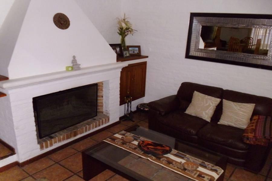 Punta del Este, Maldonado, Uruguay, 3 Bedrooms Bedrooms, ,2 BathroomsBathrooms,Casas,Temporario,41740