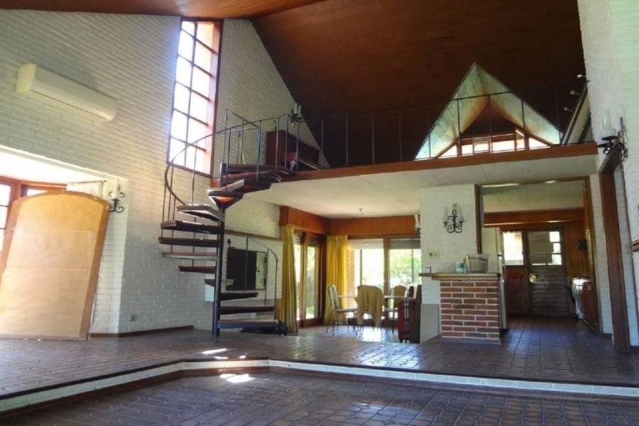 Punta del Este, Maldonado, Uruguay, 3 Bedrooms Bedrooms, ,3 BathroomsBathrooms,Casas,Venta,41772