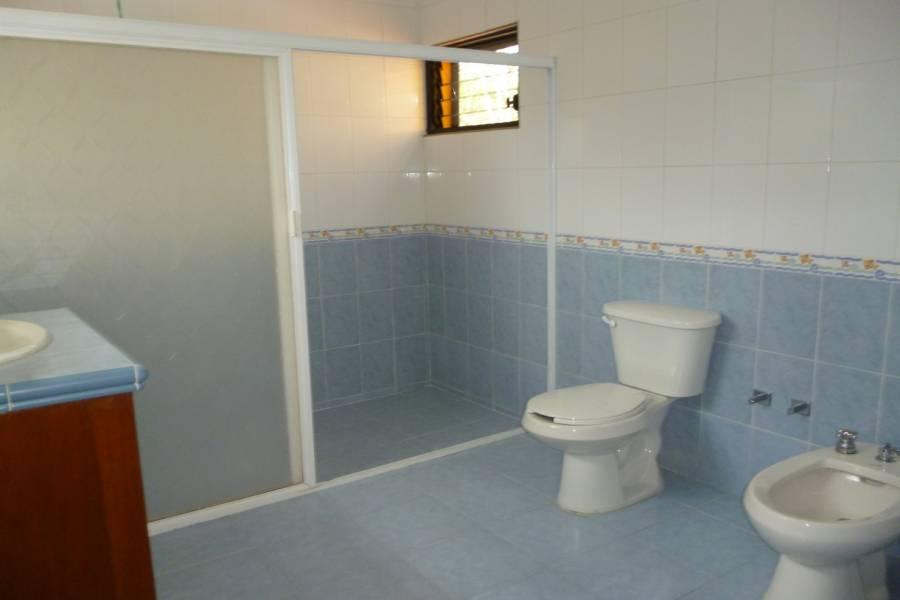 Merida, Yucatán, Mexico, 3 Bedrooms Bedrooms, ,3 BathroomsBathrooms,Casas,Alquiler-Arriendo,15 Cholul,41797