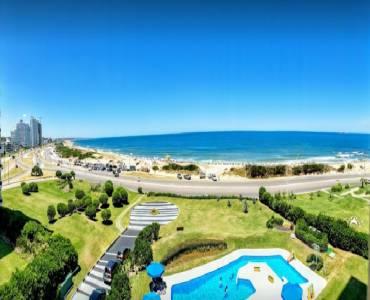 Punta del Este, Maldonado, Uruguay, 4 Bedrooms Bedrooms, ,4 BathroomsBathrooms,Apartamentos,Venta,41802
