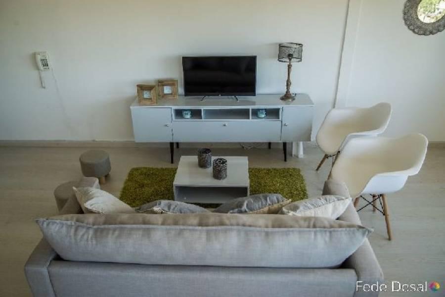 Punta del Este, Maldonado, Uruguay, 1 Dormitorio Bedrooms, ,2 BathroomsBathrooms,Apartamentos,Venta,41811