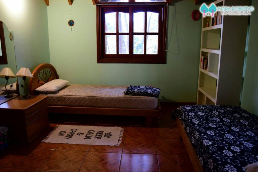 Ostende,Buenos Aires,Argentina,4 Bedrooms Bedrooms,4 BathroomsBathrooms,Casas,GARAY Y PINZÓN,4628