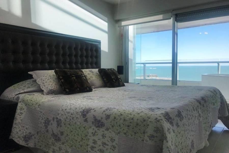 Punta del Este, Maldonado, Uruguay, 2 Bedrooms Bedrooms, ,2 BathroomsBathrooms,Apartamentos,Venta,41816