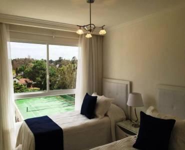 Punta del Este, Maldonado, Uruguay, 3 Bedrooms Bedrooms, ,4 BathroomsBathrooms,Apartamentos,Venta,41826
