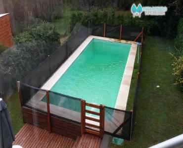 Ostende,Buenos Aires,Argentina,3 Bedrooms Bedrooms,2 BathroomsBathrooms,Casas,ROMERO ,4630