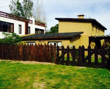 Maldonado, Uruguay, 3 Bedrooms Bedrooms, ,2 BathroomsBathrooms,Casas,Venta,41847