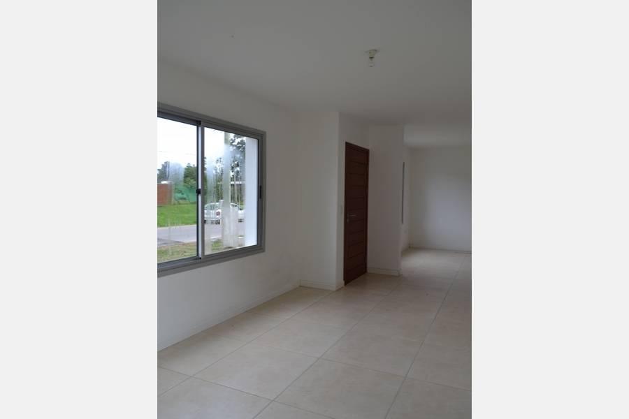 Punta de Este, Maldonado, Uruguay, 3 Bedrooms Bedrooms, ,1 BañoBathrooms,Casas,Venta,41854