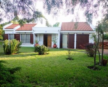 Punta del Este, Maldonado, Uruguay, 5 Bedrooms Bedrooms, ,3 BathroomsBathrooms,Casas,Temporario,41861