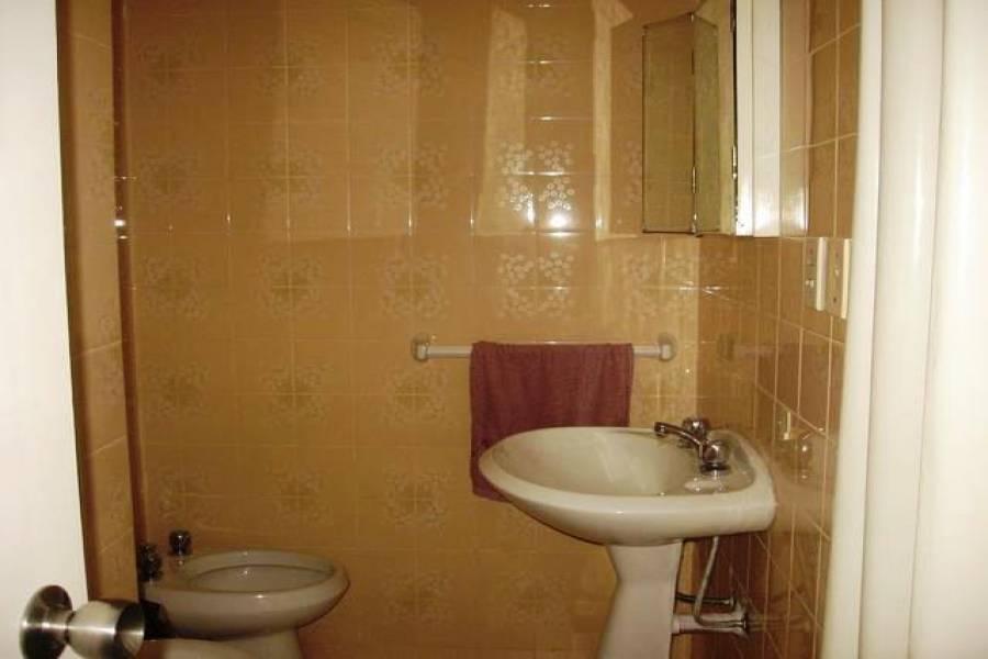 Punta del Este, Maldonado, Uruguay, 2 Bedrooms Bedrooms, ,2 BathroomsBathrooms,Apartamentos,Venta,41863
