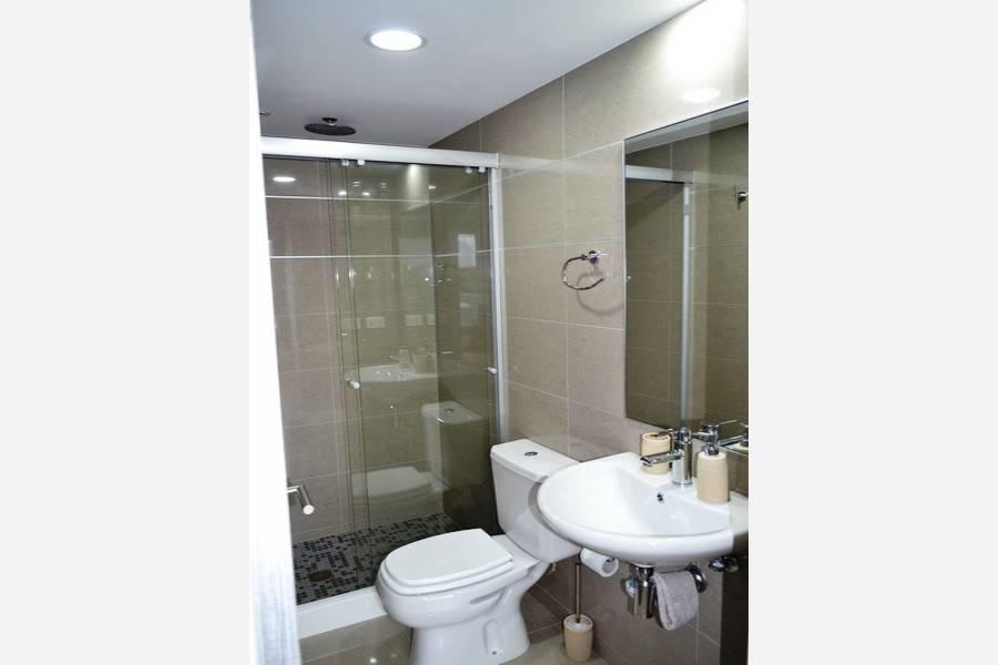 Punta del Este, Maldonado, Uruguay, 2 Bedrooms Bedrooms, ,2 BathroomsBathrooms,Apartamentos,Venta,41869