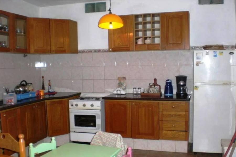 Punta del Este, Maldonado, Uruguay, 5 Bedrooms Bedrooms, ,3 BathroomsBathrooms,Casas,Venta,41872
