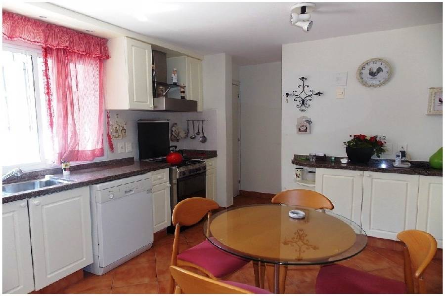 Punta del Este, Maldonado, Uruguay, 4 Bedrooms Bedrooms, ,4 BathroomsBathrooms,Casas,Venta,41875