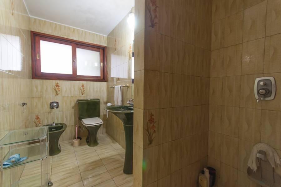 Punta del Este, Maldonado, Uruguay, 4 Bedrooms Bedrooms, ,3 BathroomsBathrooms,Casas,Venta,41888