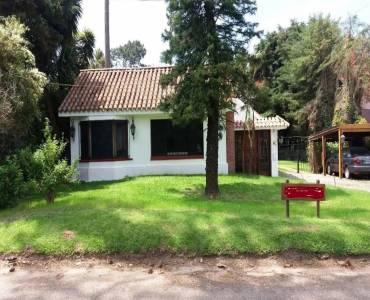 Punta del Este, Maldonado, Uruguay, 4 Bedrooms Bedrooms, ,4 BathroomsBathrooms,Casas,Venta,41900