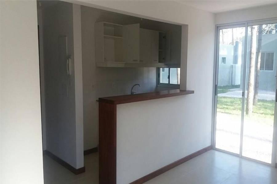 Punta del Este, Maldonado, Uruguay, 2 Bedrooms Bedrooms, ,1 BañoBathrooms,PH Tipo Casa,Venta,41905