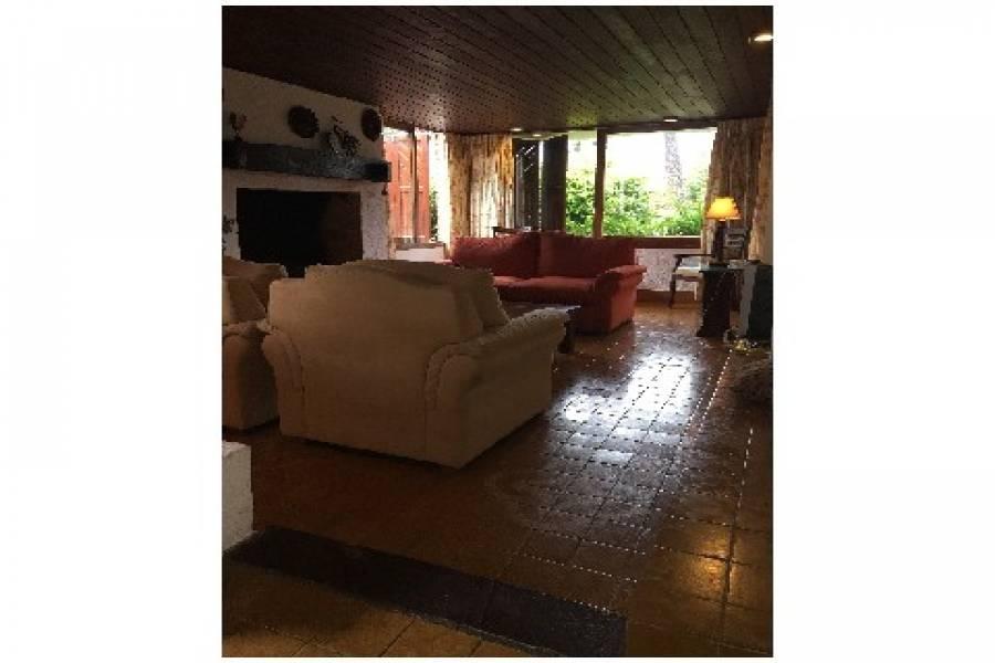 Punta de Este, Maldonado, Uruguay, 3 Bedrooms Bedrooms, ,2 BathroomsBathrooms,Casas,Venta,41961
