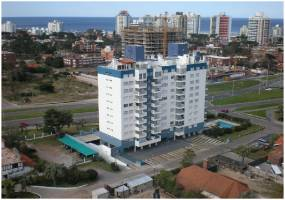Maldonado, Uruguay, 2 Bedrooms Bedrooms, ,2 BathroomsBathrooms,Apartamentos,41984