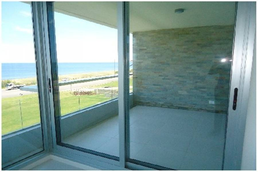 Maldonado, Uruguay, 2 Bedrooms Bedrooms, ,2 BathroomsBathrooms,Apartamentos,Venta,42042