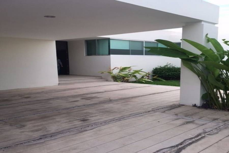 Mérida,Yucatán,Mexico,4 Bedrooms Bedrooms,5 BathroomsBathrooms,Casas,4654