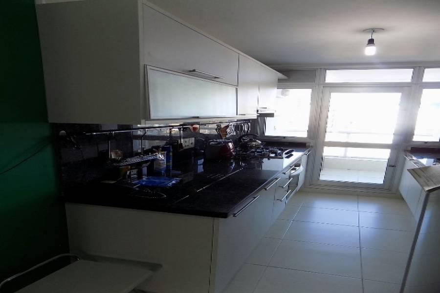 Punta del Este, Maldonado, Uruguay, 2 Bedrooms Bedrooms, ,2 BathroomsBathrooms,Apartamentos,Venta,42065