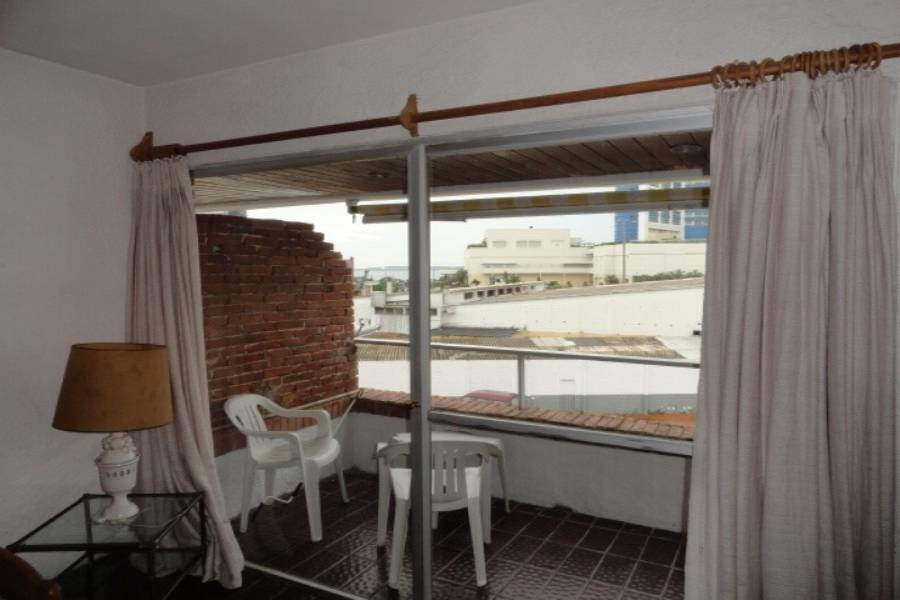 Punta del Este, Maldonado, Uruguay, 1 Dormitorio Bedrooms, ,1 BañoBathrooms,Apartamentos,Venta,42068