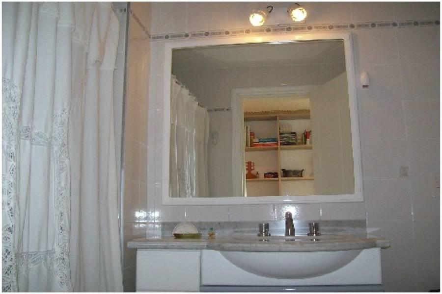 Punta del Este, Maldonado, Uruguay, 1 Dormitorio Bedrooms, ,1 BañoBathrooms,Apartamentos,Venta,42086