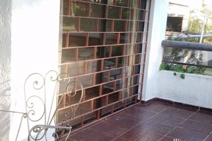 Punta del Este, Maldonado, Uruguay, 2 Bedrooms Bedrooms, ,1 BañoBathrooms,Apartamentos,Venta,42108