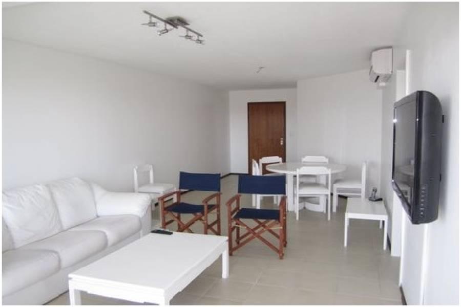 Punta del Este, Maldonado, Uruguay, 2 Bedrooms Bedrooms, ,2 BathroomsBathrooms,Apartamentos,Venta,42153