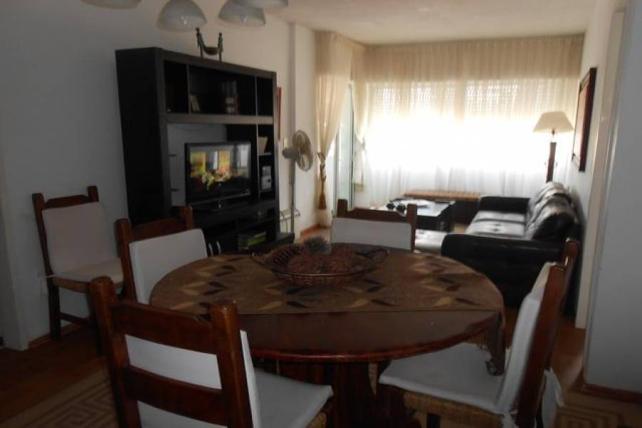 Punta del Este, Maldonado, Uruguay, 2 Bedrooms Bedrooms, ,2 BathroomsBathrooms,Apartamentos,Venta,42154
