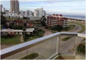 Punta del Este, Maldonado, Uruguay, 2 Bedrooms Bedrooms, ,2 BathroomsBathrooms,Apartamentos,Venta,42176