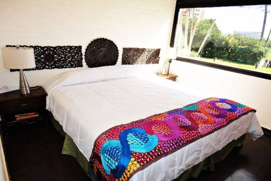 Punta del Este, Maldonado, Uruguay, 3 Bedrooms Bedrooms, ,2 BathroomsBathrooms,Casas,Venta,42185