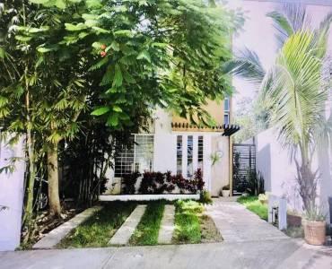 Playa del Carmen, Quintana Roo, Mexico, 3 Habitaciones Habitaciones, ,3 BathroomsBathrooms,Casas,Venta,Kabah,2,42357