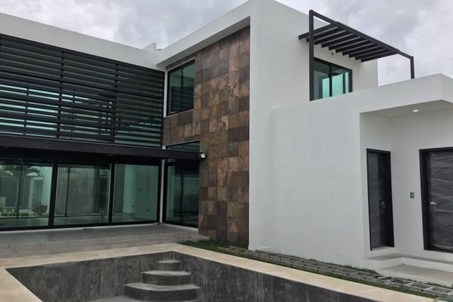 Mérida,Yucatán,Mexico,3 Bedrooms Bedrooms,4 BathroomsBathrooms,Casas,4694