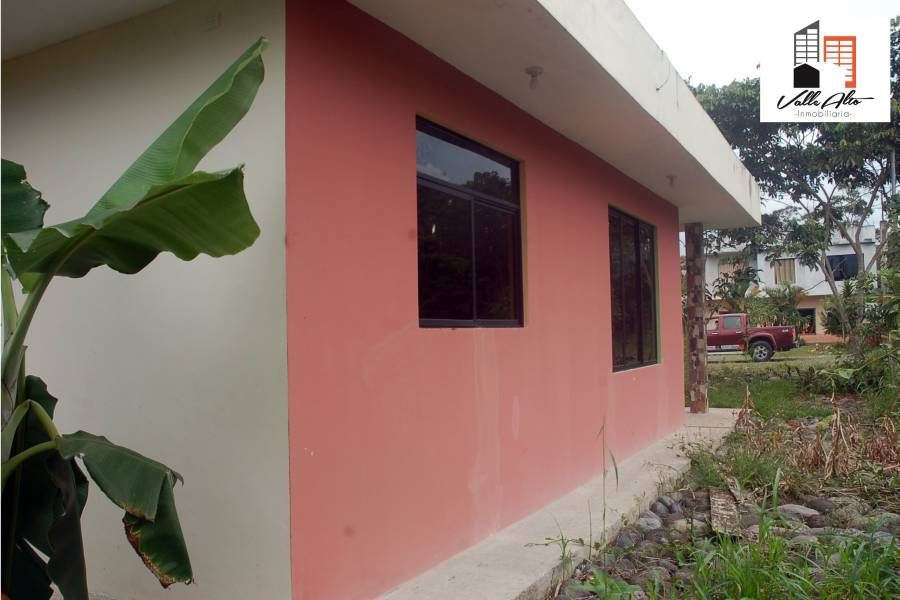 MACAS, MORONA SANTIAGO, Ecuador, 2 Habitaciones Habitaciones, ,1 BañoBathrooms,Casas,Venta,1,42481