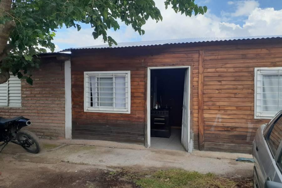 San Luis, Argentina, 2 Habitaciones Habitaciones, ,1 BañoBathrooms,Casas,Venta,42490
