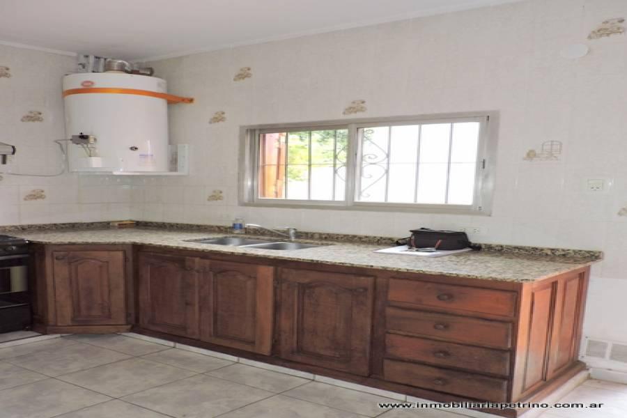 San Luis, San Luis, Argentina, 2 Habitaciones Habitaciones, ,1 BañoBathrooms,Casas,Venta,42494