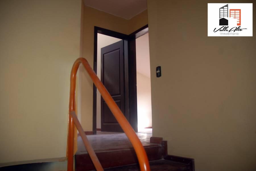 Cuenca, AZUAY, Ecuador, 5 Habitaciones Habitaciones, ,2 BathroomsBathrooms,Casas,Venta,3,42497