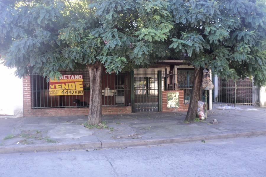 La Tablada,Buenos Aires,5 Habitaciones Habitaciones,4 BañosBaños,Casas,Montenegro,1382