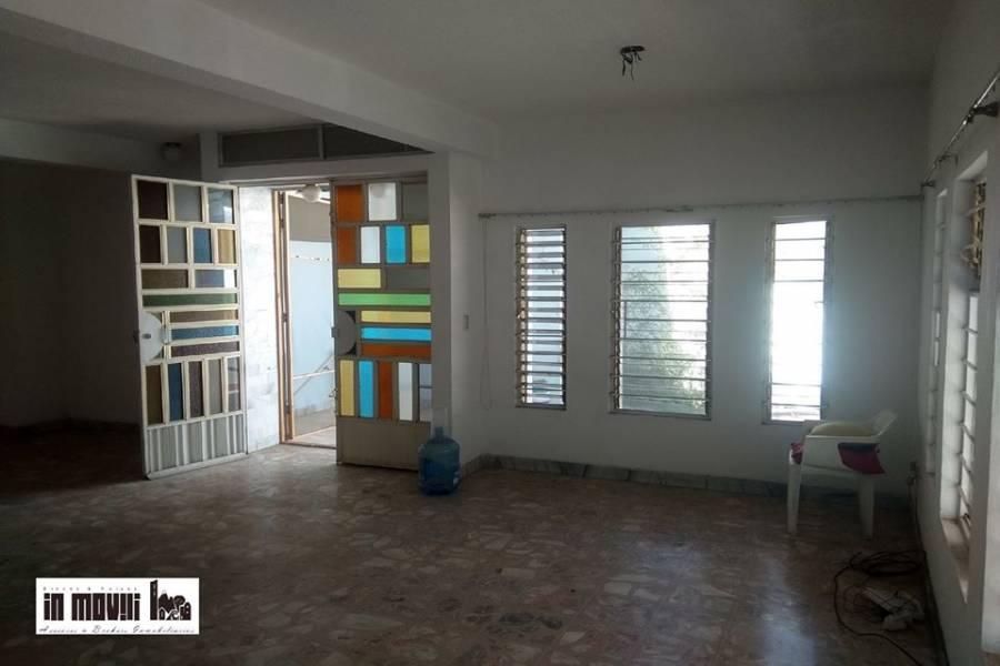 Oaxaca de Juárez, Oaxaca, Mexico, 3 Habitaciones Habitaciones, ,3 BathroomsBathrooms,Casas,Venta,pirineos ,42569