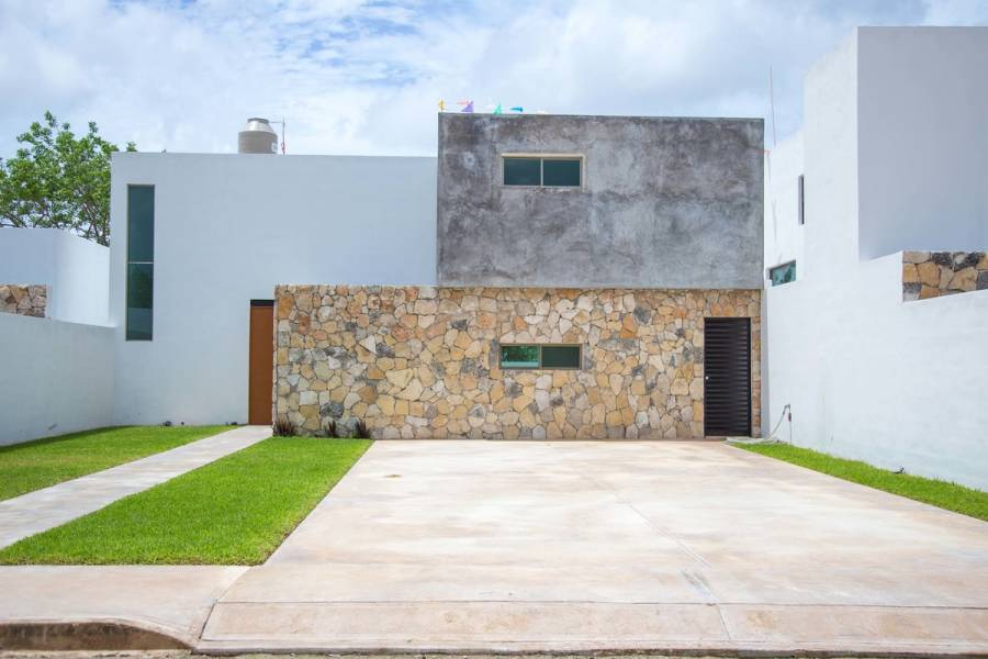 Mérida,Yucatán,Mexico,3 Bedrooms Bedrooms,3 BathroomsBathrooms,Casas,4708