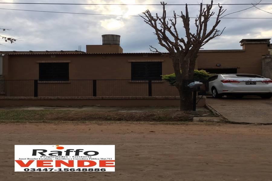 Colon, Entre Ríos, Argentina, 2 Habitaciones Habitaciones, ,1 BañoBathrooms,Casas,Venta,Bv Gaillard ,42722